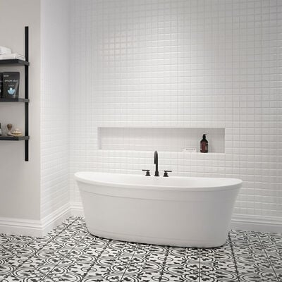 Luna® Freestanding Bath