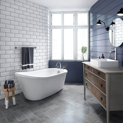 Piccolo™ Freestanding Bath