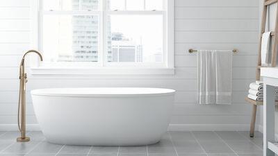 Signature® Oval Freestanding Bath