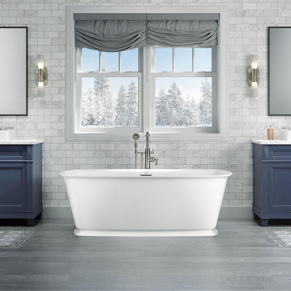 DELICATO™ 6732 Acrylic Freestanding Soaking Bath Center Drain White with Chrome Drain