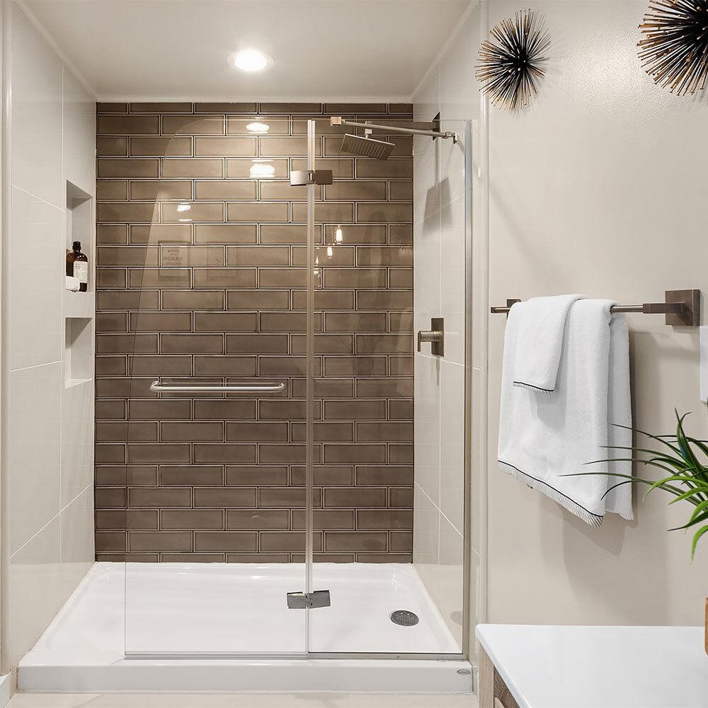 Cayman® Shower Base