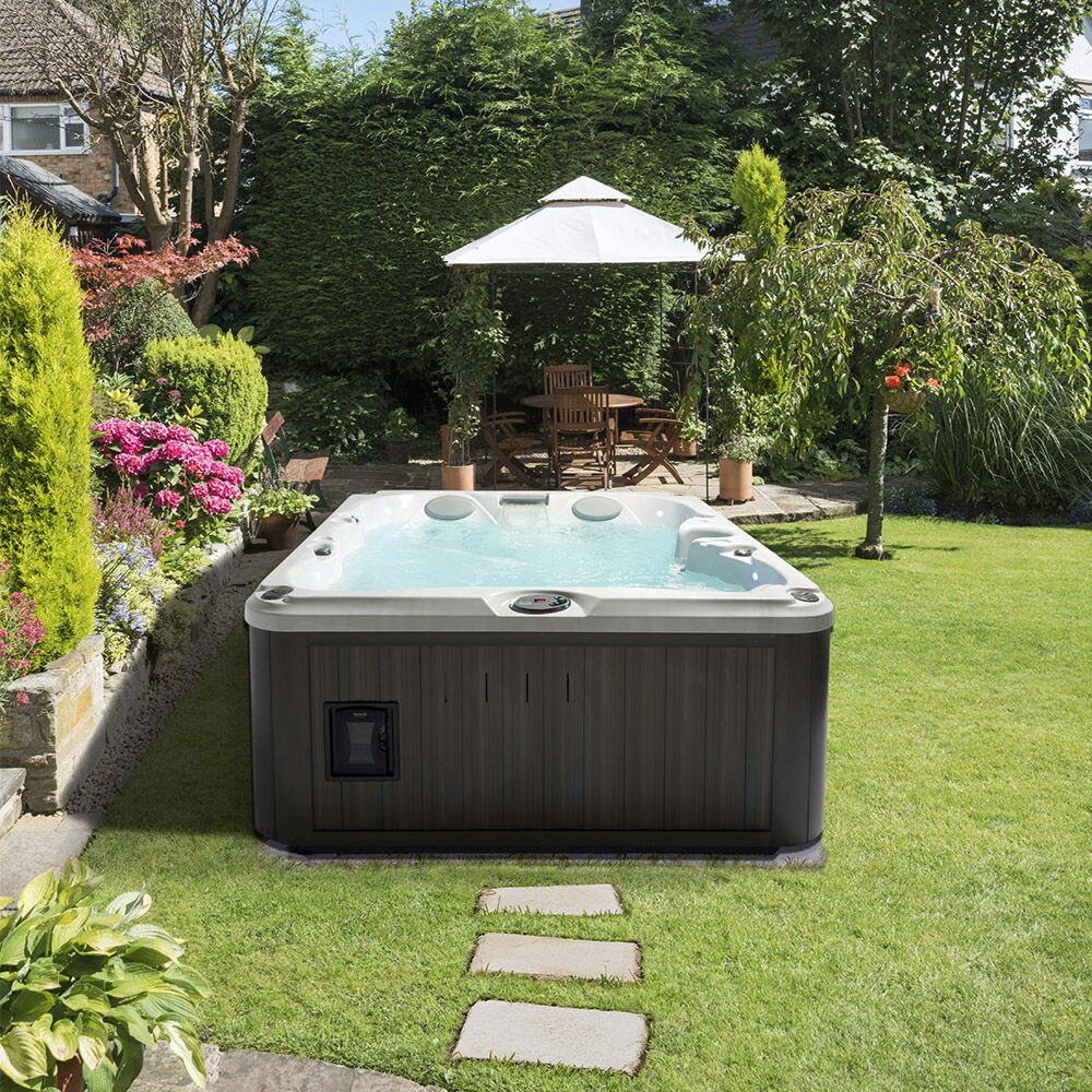 J-225™ Classic Hot Tub with Open Seating