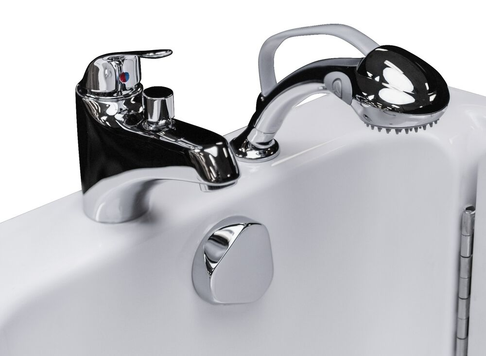 Fast-fill™ faucet and comfortable hand-held shower